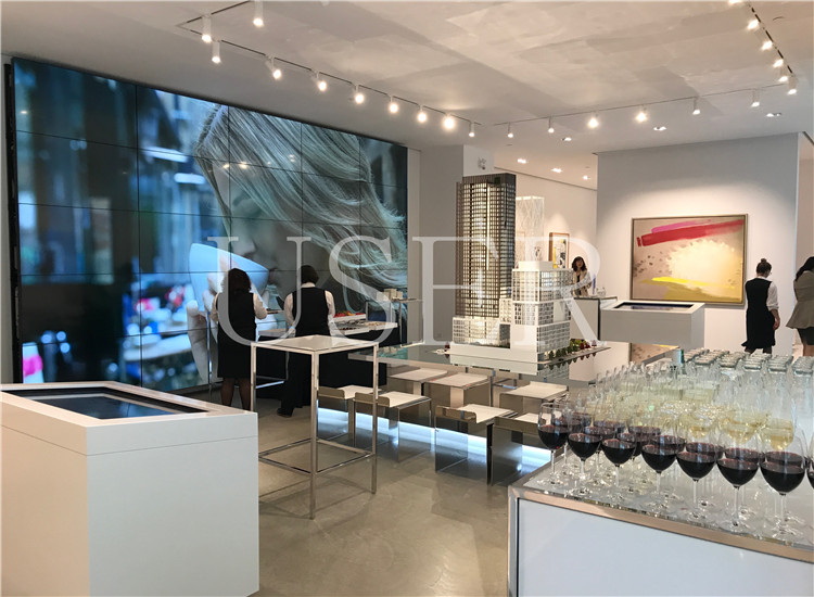 Canada Toronto, 55inch LCD Video Wall, 5×5a
